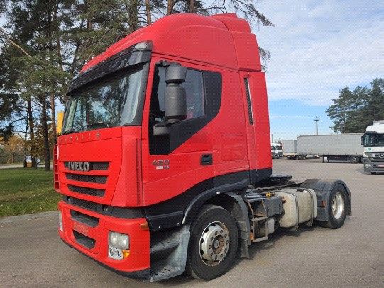 Iveco AS440S42T